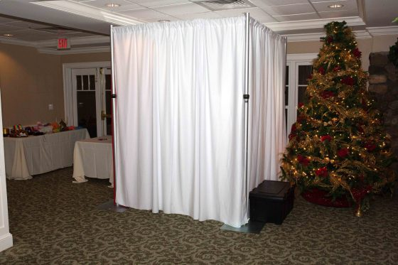Photo Booth - Dance to the Music Entertainment