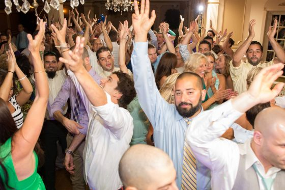 Fox HIll Inn Wedding - Dance to the Music Entertainment